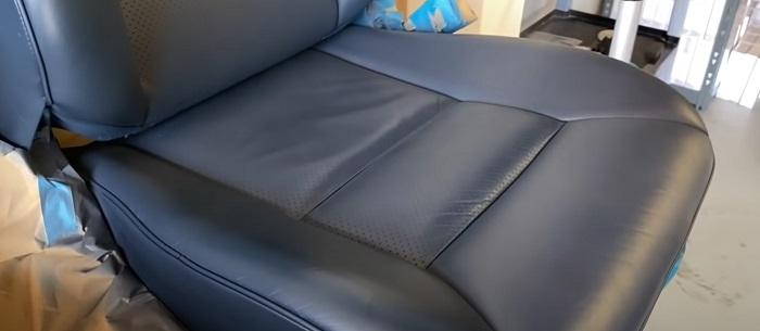 Сиденье кожаное после обработки Liqui Moly средства