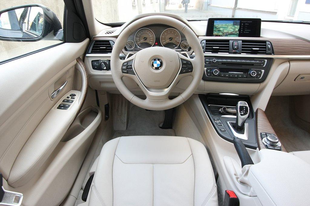 Чистый и свежий салон в авто
