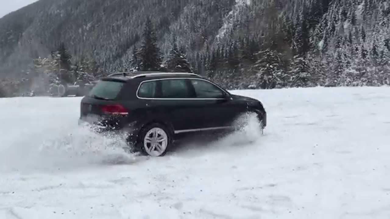VW Туарег зимой