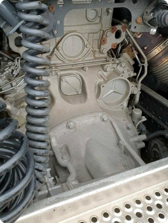 Двигатель Мерседес седельного тягача