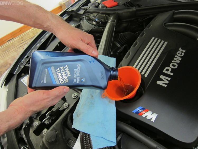 BMW Twinpower Turbo Oil Longlife-01 0W-40 - Синтетическое моторное масло BMW